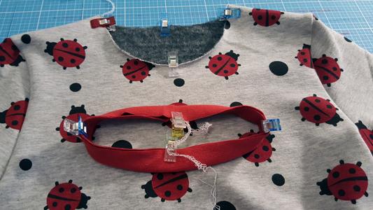 Shirt-nähen-Halsbündchen